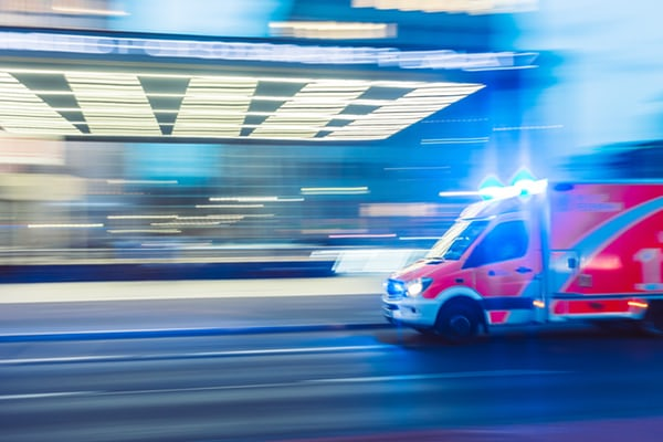You No Longer Need to Slow to 40km When Passing Stationary Emergency Vehicles
